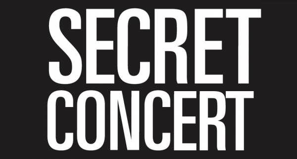Secret Show Tuchlaube